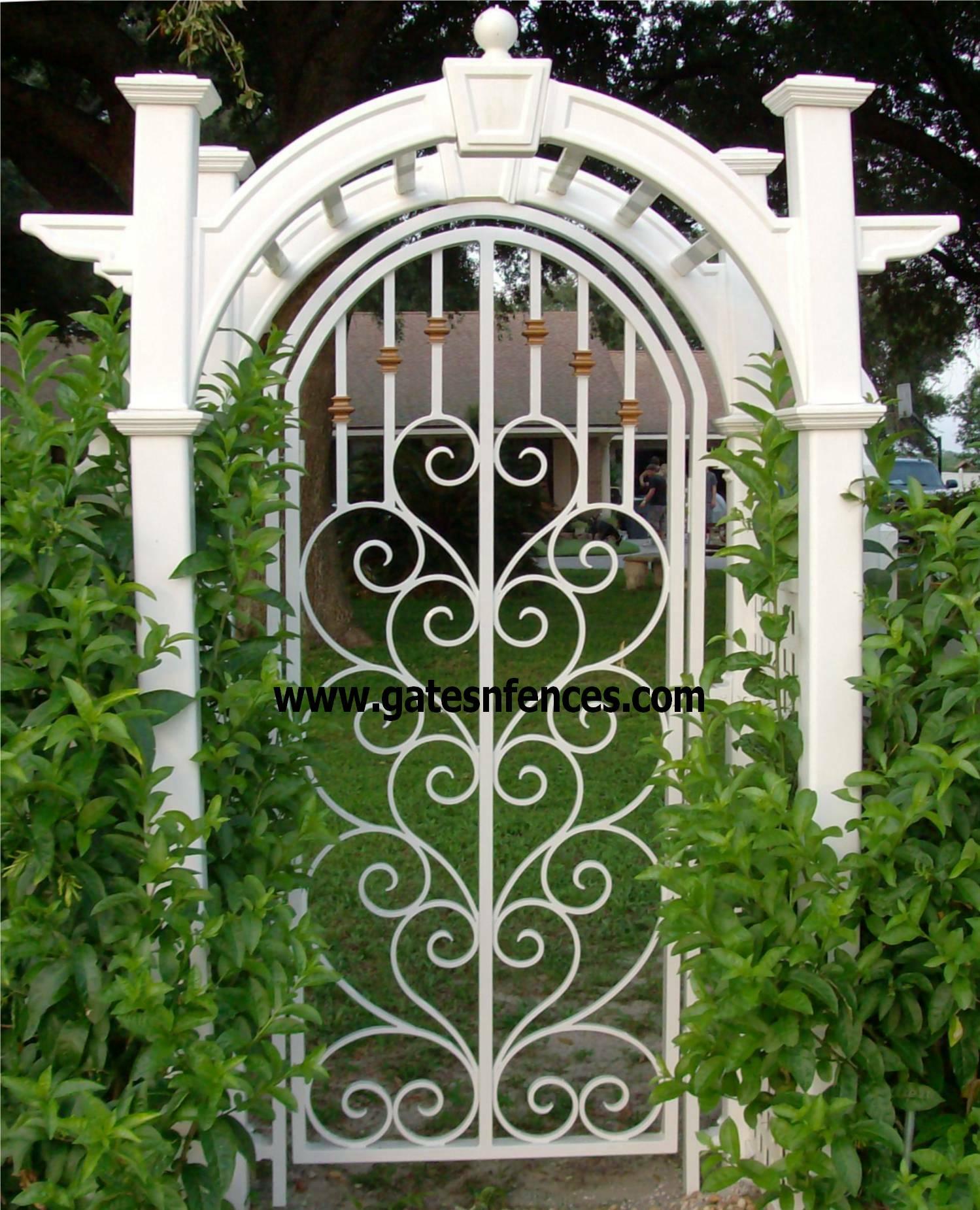 Decorative garden gates healthy antique wood garden gates for Decoration gate