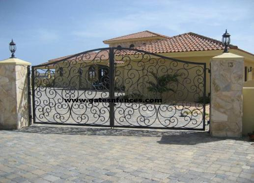 Garden Gate and Matching Driveway Gate installed in the Island of Aruba