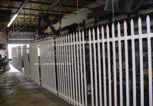 Custom Aluminum Or Wrought Iron Garden Fence and Gates