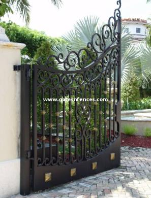Dual Security Driveway Gates in Aluminum, Matching Garden Gate see above