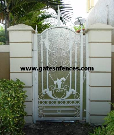 Modern Traditional Garden Gate Design with or without privacy panel rear cover in Aluminum or Steel