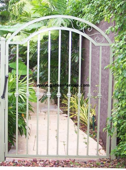 Garden Gate with a simple doublr arch