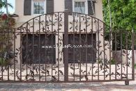 Ornametnal Antique Wroguth Iron or Aluminum Entrance Gate